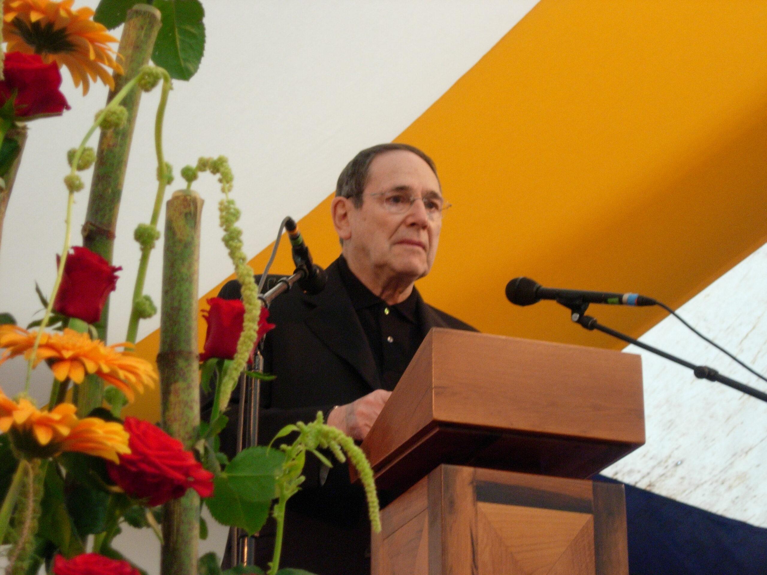 Robert Hossein à Notre-Dame du Laus