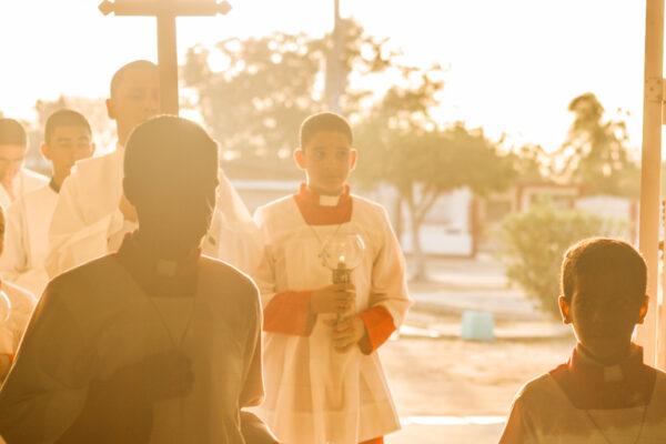 """Le pèlerinage national des servants d'autel """"Viens, sers et va"""" à Rome est reporté à 2022"""