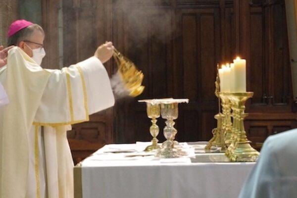 L'Eucharistie, repas pascal juif, avec Marie, art de vivre eucharistique – Homélie du Jeudi Saint