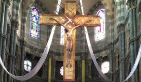Croix cathédrale Gap