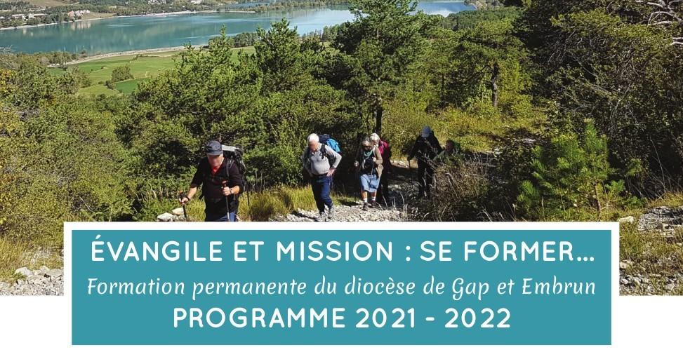 You are currently viewing Au programme de la formation permanente pour l'année 2021-2022